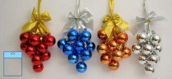 Новогоднее украшение из шаров