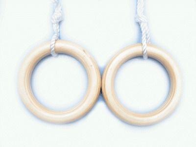 фото Кольца гимнастические деревянные