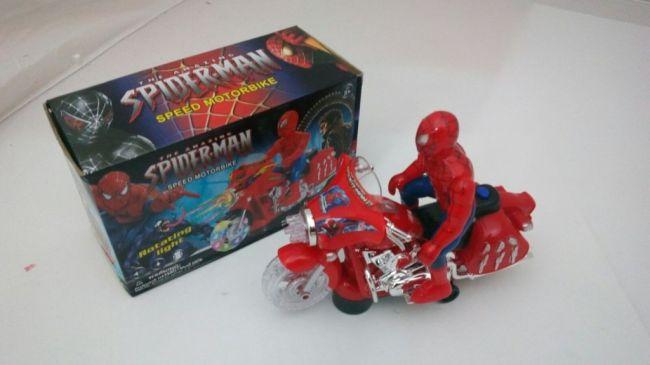 фото Игрушка Человек-Паук на мотоцикле SPIDER-MAN