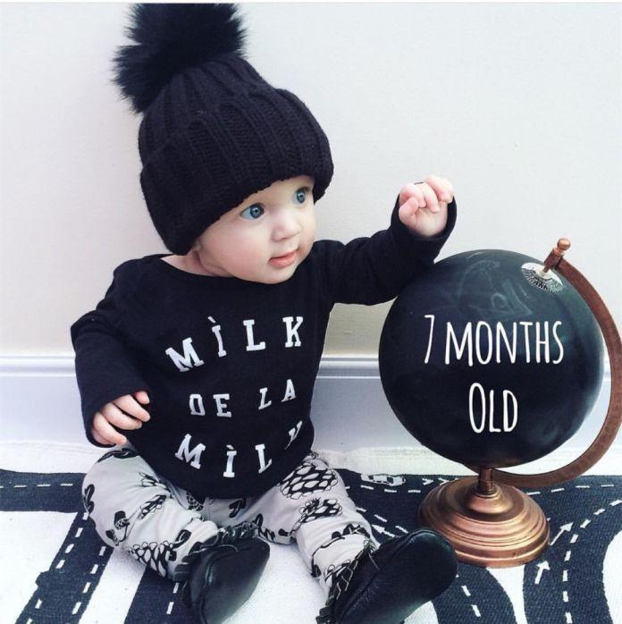 2016 Осень Новый baby boy одежда Мода хлопка с длинными рукавами Письмо молоко футболка + брюки Новорожденных девочка комплект одежды