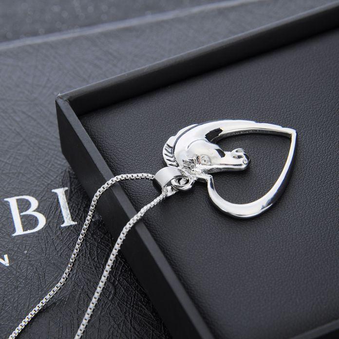 Форма сияющий Серебряный конь сердца Кулон ювелирные изделия позолоченные Серебряные Лошадь в Сердце Ожерелье для женщин девушка мама друзья лучшие подарки