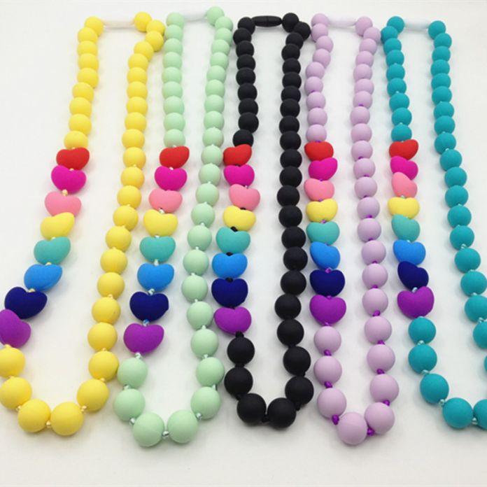 Пищевой Силикон Прорезывания Зубов Ожерелье с сердцем бусы ребенка жевать ожерелье Кормящих ожерелье ожерелье силикона прорезыватель
