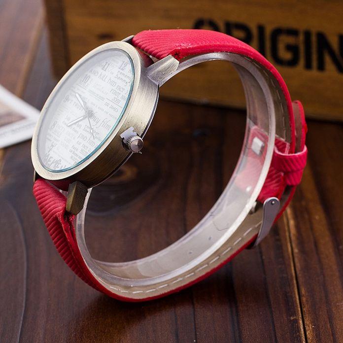 Модные Кварцевые Часы Женщины Симпатичные Газета Наручные Часы Relogio Feminino Повседневная Роскошные Часы AWSB778