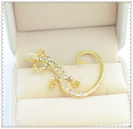 Новый ушной крючок Имитация алмазный Gecko ящерица шпильки для женщин девушки прохладный серьги E2412