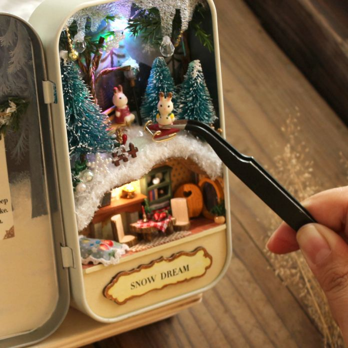 Q003 фэнтези снег мечта железный ящик DIY кукольный дом миниатюра кукольный домик мебель игрушка Miniatura