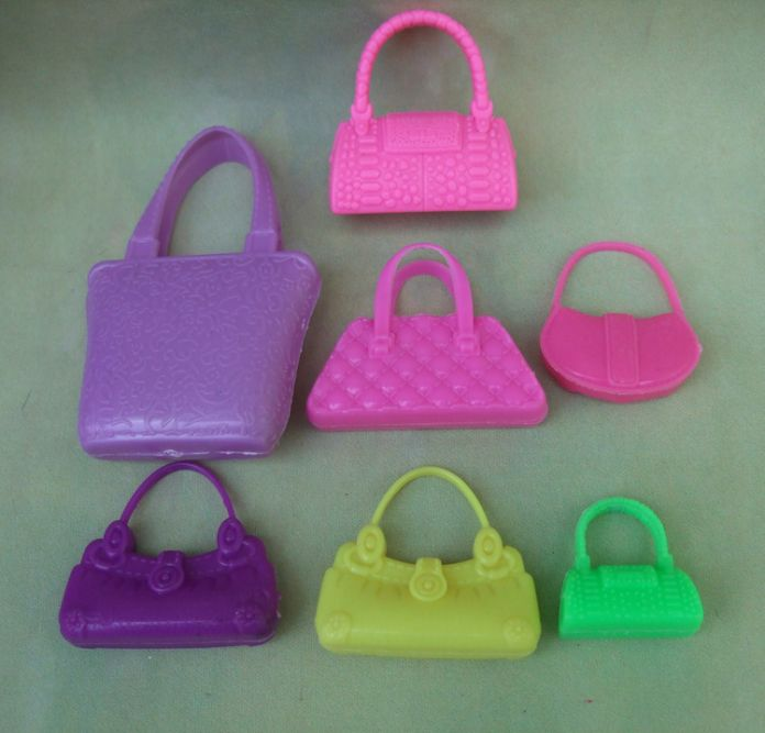 Бесплатная доставка красочный 7 шт/пакет полиэтиленовые пакеты для куклы барби аксессуары игрушка в подарок для девочки