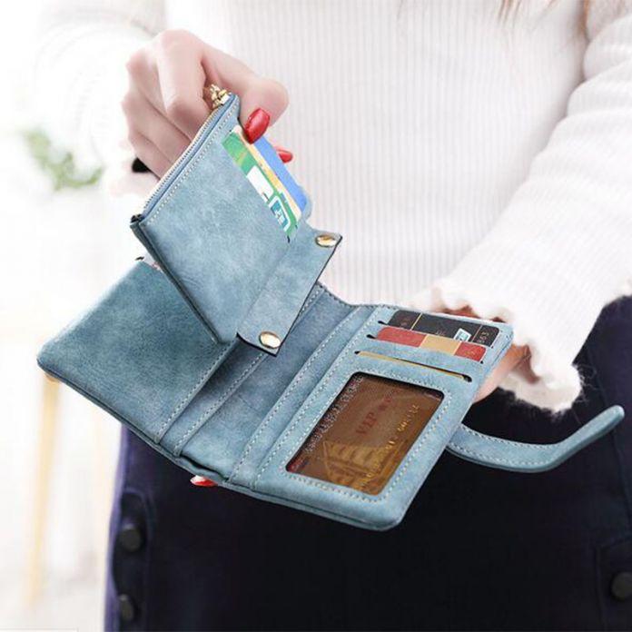 женский кошелек  из замши с кулоном