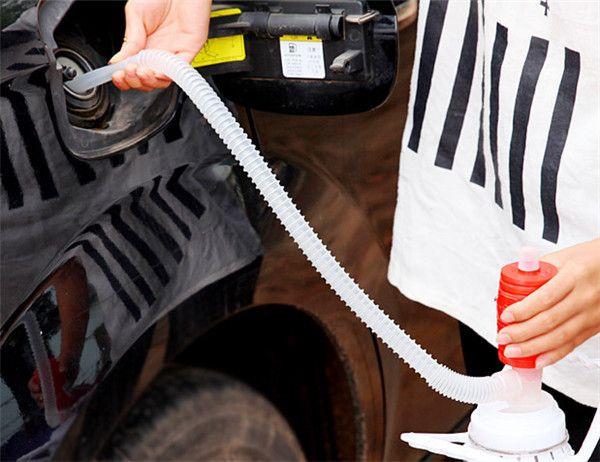 Новый Портативный Руководство Автомобилей Сифон Шланг Жидкость Газ Передача Ручной Нефть Водяной Насос Sucker Аварийного Сифон для Автомобиля Мотоцикла ~ ~ ~