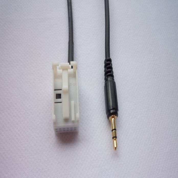 Новое Прибытие 3.5 мм AUX Аудио Вход Кабель Для Volkswagen Tiguan Гольф 6 RCD510 RCD310 RNS510