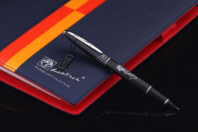 Черный реальный Пикассо 606 Fountain Pen бизнес-подарок ручка бесплатная доставка школы и офиса Письменной Форме Поставок отправить учитель 0.38 мм