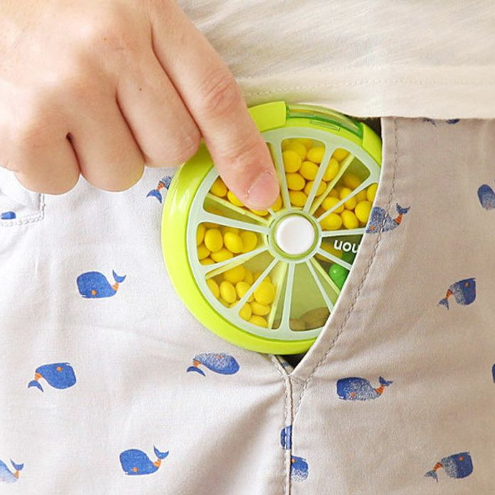 7 Дней в Неделю Pill Box Медицина Контейнер Открытый Lemon Форма Хранения Разветвители Шкатулка для Драгоценностей Дисплей Косметический Макияж Организатор