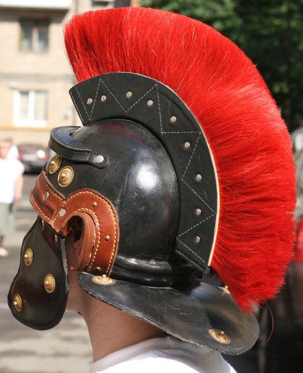 Как сделать шлем римлянина своими руками