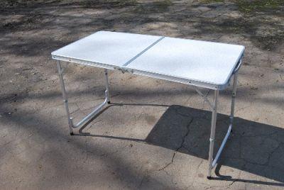 фото Стол складной с пластиковой столешницей, ножки аллюминий, размер 120*60*70
