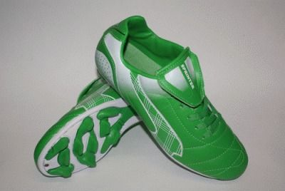 фото Бутсы футбольные SPRINTER, верх - PVC, подошва - резина, овальные шипы, р-р 41. Цвет: зеленый, белый. AX5390-41 GREEN/WHITE