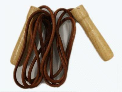 фото Скакалка (шнур кожа). Длина 2,8 м. Ручки деревянные. ASA015