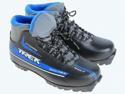 фото Лыжные ботинки из искусственной кожи TREK Sportiks на подошве NNN Материал верха: искусственная кожа. Цвет: верх - чёрный, логотип - синий, капровелюр - чёрный . р-р. 43 ИК 38-01-08