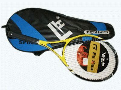 фото Ракетка для тенниса в чехле. 911